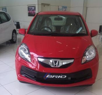 Paket Kredit Honda New Brio Januari 2014