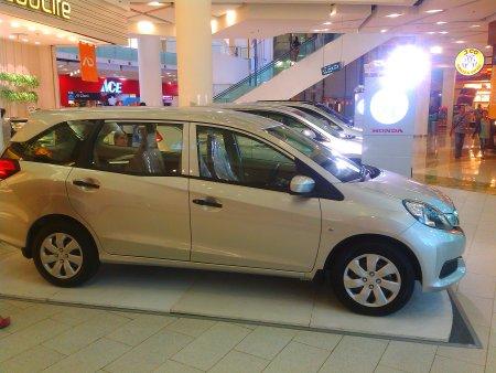 Harga Terbaru Honda Mobilio, Naik 2 Juta