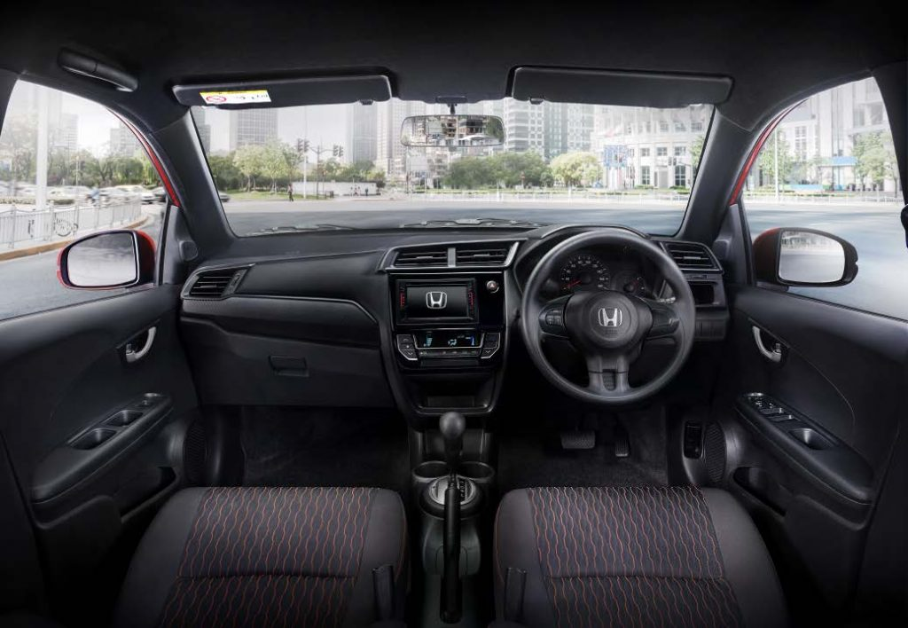 Interior Honda Brio RS